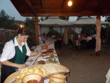 Cucina tipica e cortesia per le serate al nostro turismo rurale a Montevecchio